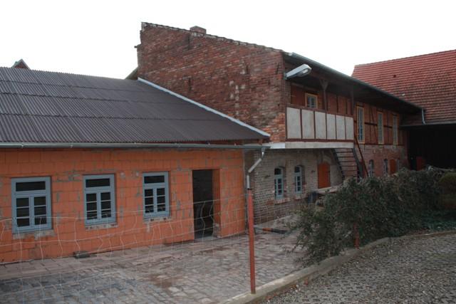 Görsbach - Kulturscheune (Mit Hilfe von LEADER-Fördermittel wurde in 2009 der Um- und Ausbau einer alten Scheune zur Kulturscheune und dann letztendlich zur Begegnungstelle für alle Generationen und zum Mittelpunkt des Dorflebens begonnen.)